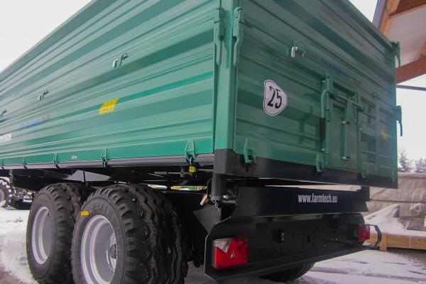 img-4501F9F460EF-432A-6BB3-AF6F-867D62964D58.jpg